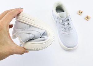 莆田厂家直销鞋子批发耐克阿迪达斯万斯新百伦乔丹匡威等运动鞋图片