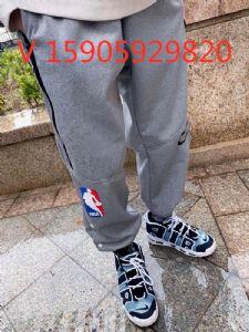 2063双勾长裤刺绣花标志