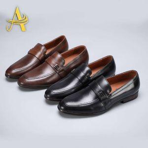 时尚休闲皮鞋