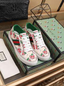 广州大牌男女鞋工厂直批 自产自销、一件代发 无理由退换 直发海外