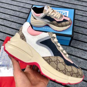 广州工厂货源男女鞋  专供微商招代理 一件代发