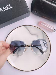 专柜高档太阳镜工厂,细说高档名牌眼镜多少钱图片