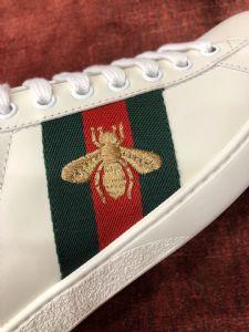 GU蜜蜂小白鞋经典款红绿尾蛇皮运动鞋Ace Sneakers图片