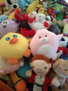 布衣毛�q玩具各式各�拥拿��q玩具